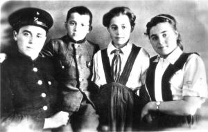 Белореченск, Лидии Павловне Сёминой 19 августа -  80 лет!