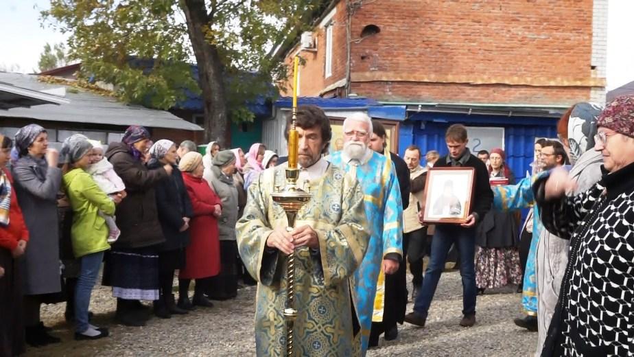 В Белореченский храм прибыли мощи святых