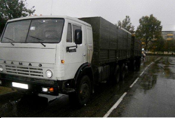 Ребенок погиб под колесами грузовика