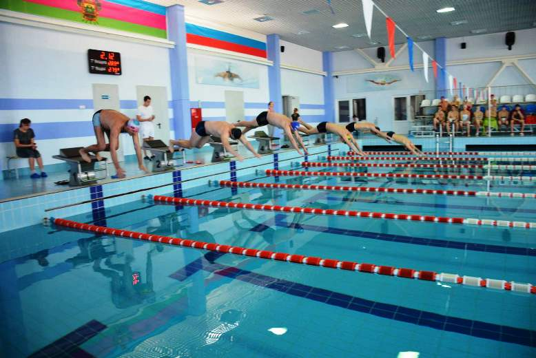 В Белореченском районе прошли соревнования по плаванию и армрестлингу в зачёт спартакиады химиков.