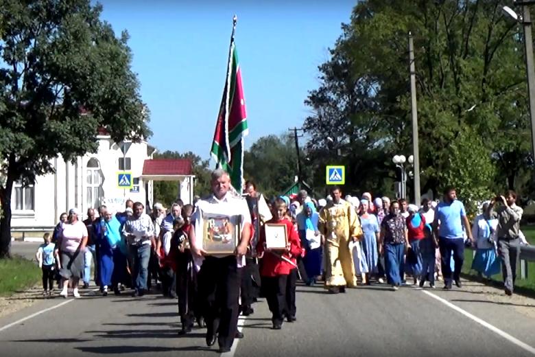 В Пшехской освятили знамя Пшехского хуторского казачьего общества