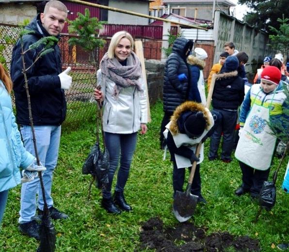 Молодые специалисты ЕвроХим-БМУ приняли участие в зеленой акции «Посади своё дерево»