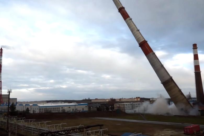 На ЕвроХим-БМУ демонтировали дымовую трубу энергетического цеха