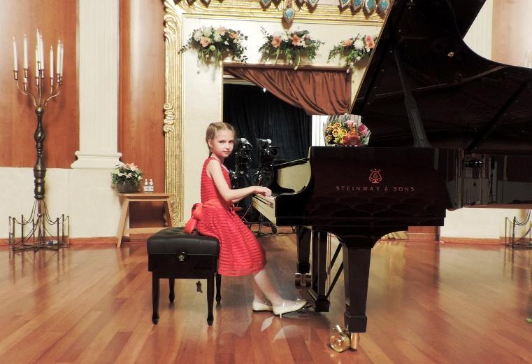 Полина Чудинова на Международном конкурсе пианистов