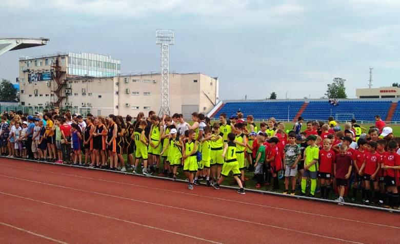 В Белореченске открылась летняя спартакиада по дворовому футболу и баскетболу