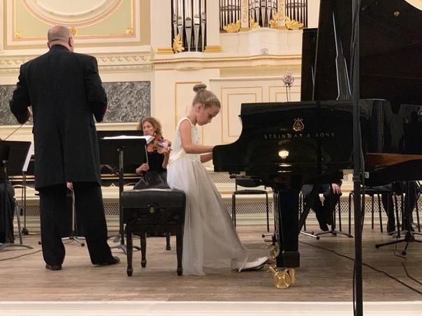 Белореченская пианистка Полина Чудинова с выдающимися музыкантами современности