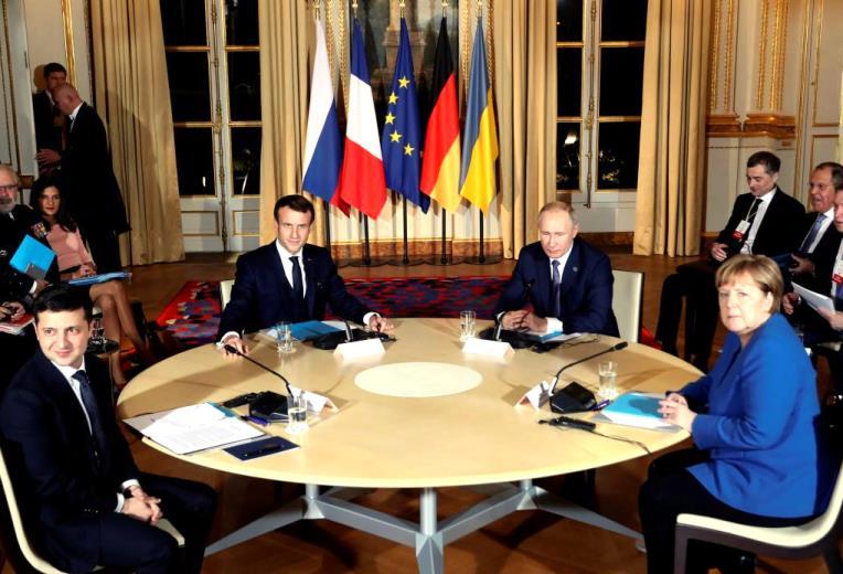 Противоречивые сигналы после встречи Путина с Зеленским