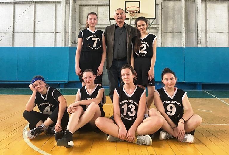 В Хадыженске состоялись зональные соревнования по баскетболу XIII Спартакиады школьников