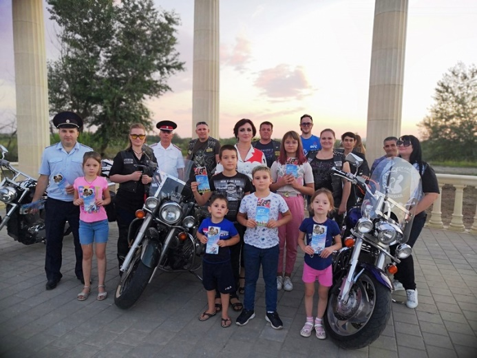 Более 4000 зрителей посмотрели стрим с белореченскими байкерами мотоклуба «White stream»