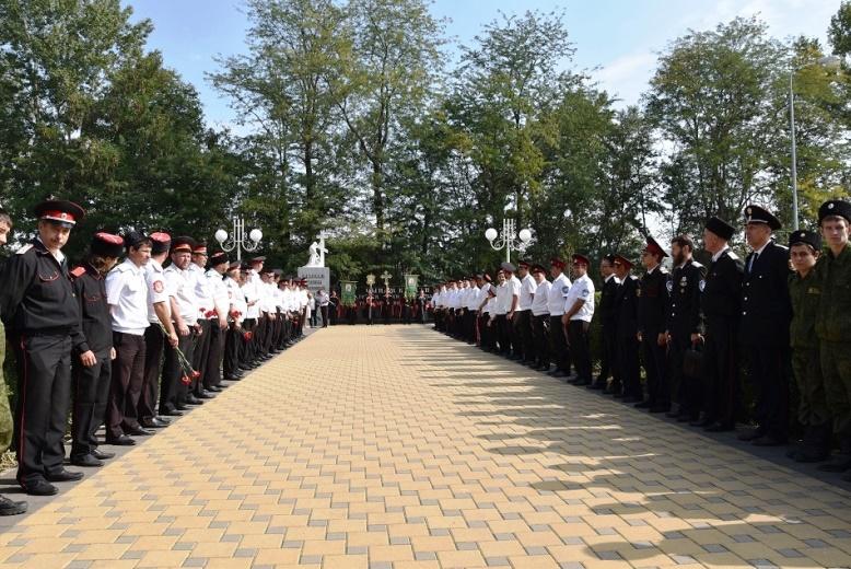 Казаки Белореченского РКО почтили память безвинных жертв Гражданской войны