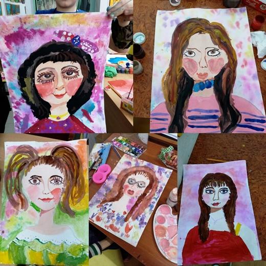 В Детской Художественной школе города Белореченска состоялось выставка «Моя любимая мама»