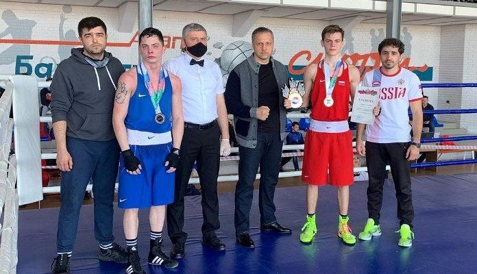 Белореченские боксеры достойно выступили на первенстве края