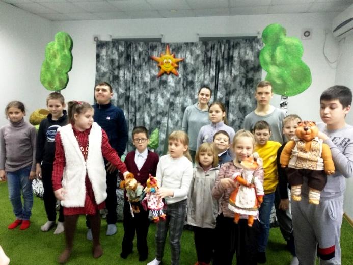 Школа №10 благодарит АНО «Театр кукол «Белоречье» за проведенную акцию для детей инвалидов «Театр для каждого»