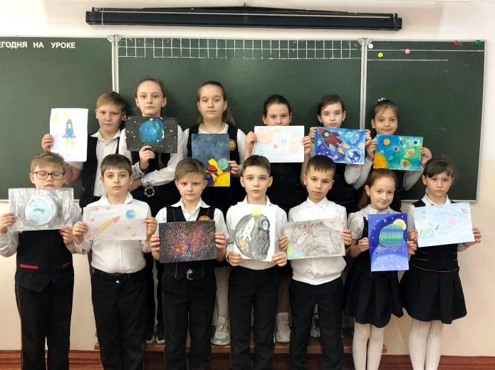 Конкурс рисунков «Космические дали»