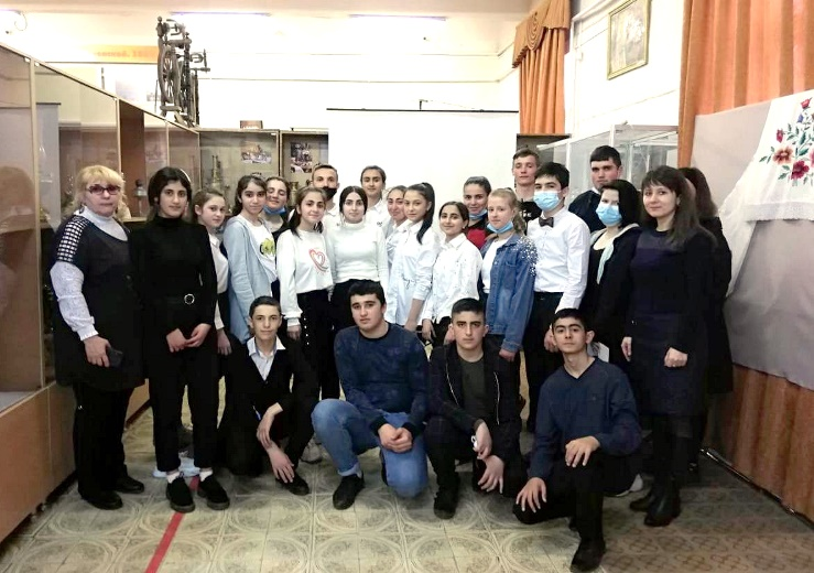 Школьники  посёлка Молодёжного побывали в Белореченском районном музее