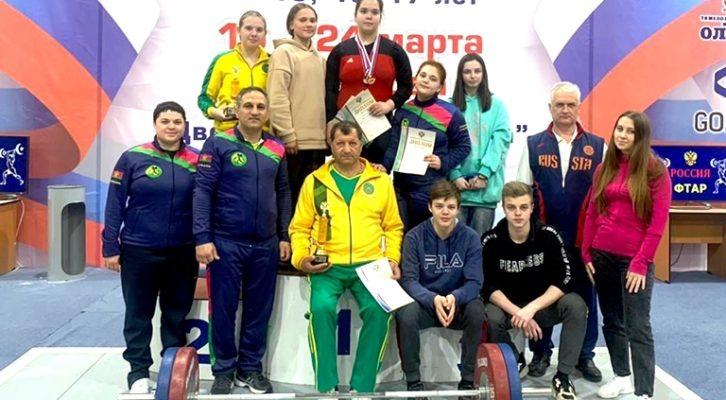 Белореченские тяжелоатлеты привезли серебро Первенства России