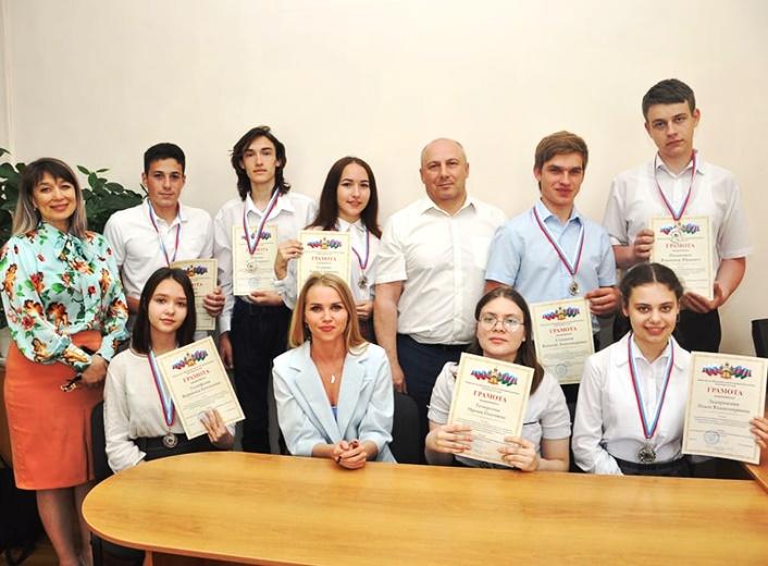 Десять школьников из Белореченска стали призёрами Всероссийской олимпиады школьников