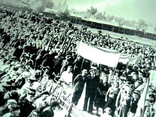 Митинг посвященный присвоению станице Белореченской статуса города.