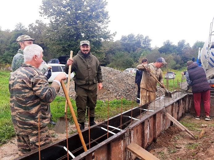 Продолжается строительство храма на х. Фадеевском
